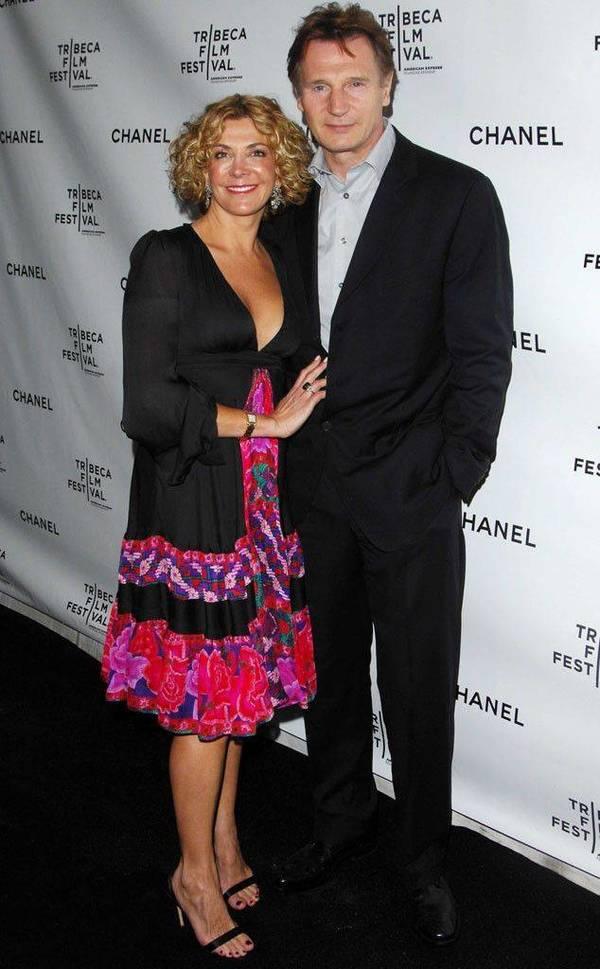 Liam Neeson dengan mendiang istirinya Natasha Richardson